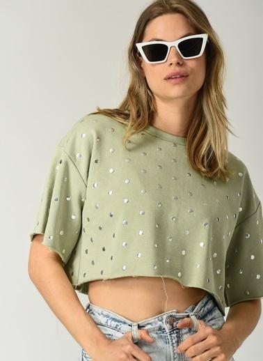 People By Fabrika Kadın Trok Detaylı  Tişört PFKSS21TS0122 Yeşil